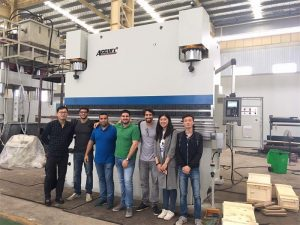 Mga Bisita sa Brazil Nagduaw sa mga Pabrika ug Buy Press Brake Machines