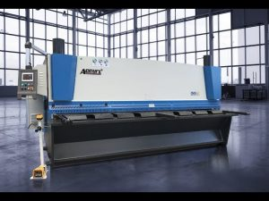 Hydraulic guillotine shearing machine MS8 8x4000mm uban sa Germany ELGO P40T touch screen CNC