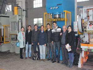 Ang Delegasyon sa Peru Miabut sa Pagbisita sa Among Pabrika ug Buy Machines