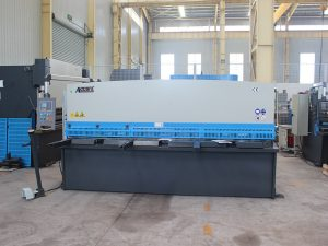 high precision QC11y-16 * 6000 hydraulic shearing machine guillotine type